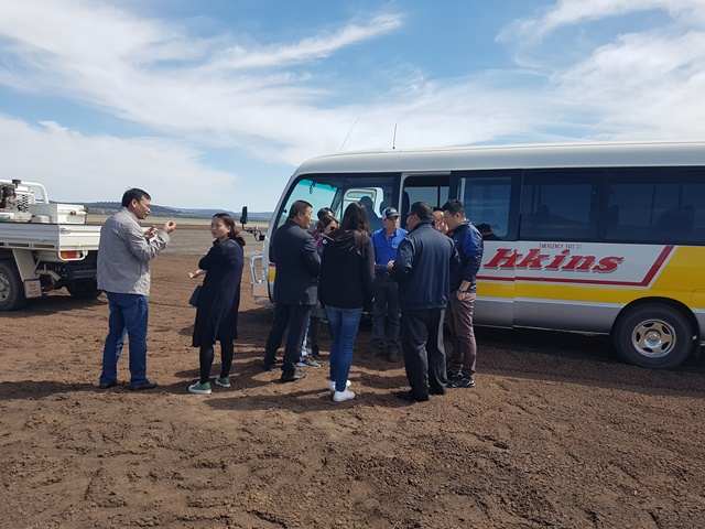 Chinese delegation visit a local property