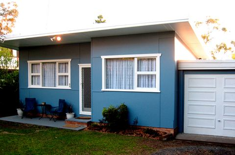 Classic Fibro House   NSW Central Coast